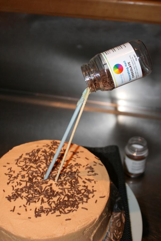 anti gravity cake  u2013 tutorial  u2013 naturally bespoke cakes